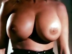 Ria Pavia – Hot Sexy Hollywood Celebrities Nude Porn Movie Clip