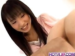 Momo Junna has cooshie fingered by doll