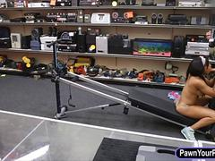 Ebony gym trainor screwed by pawn man at the pawnshop