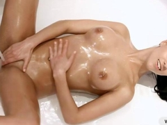 Victoria Sweet solo play in the bathtub