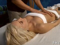 blonde sweet heart gets a massage she can dig in