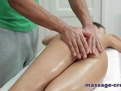 Super hot massage sex vid with lusty babe