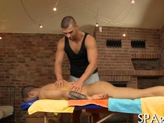 Muscle bound masseur bangs his straight client