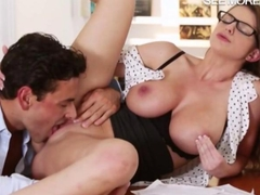Glamour babe Brooklyn Chase slammed with handsome man