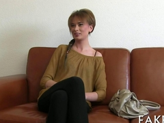 Short haired stunner gets fingered during her casting