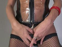 Big dick tranny wanking her fat rod slowly