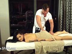 she loves the massage and the session is awesome