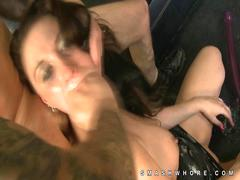 Hottie Jada Belle loves rough oral sex