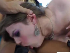 Tranny shemale getting her butt rimmed