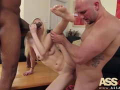 Piper Perri Threesome With Huge Cocks