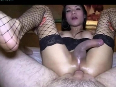 Ravishing shemale jumps in hard dick