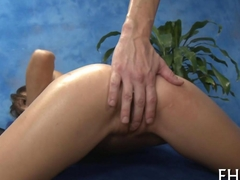 Skinny hottie didnt expect a massage like this