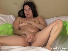 Pierced Ayelisa Toying Her Oiled Pussy