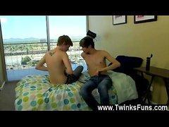 Twink Teen Boys